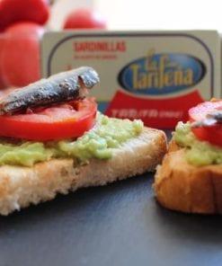 tostas sardinas en aceite de girasol La Tarifeña