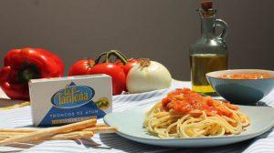 Receta de espaguetis a la marinera con atún de La Tarifeña