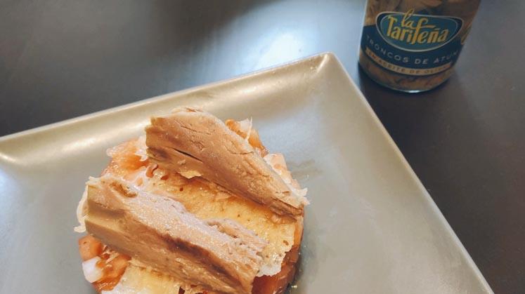 receta tapa aguacate y atún